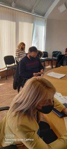 Драгостина Мутавчиева- общински администратор, Александър Анин от БСП се напуси още на първата секция.